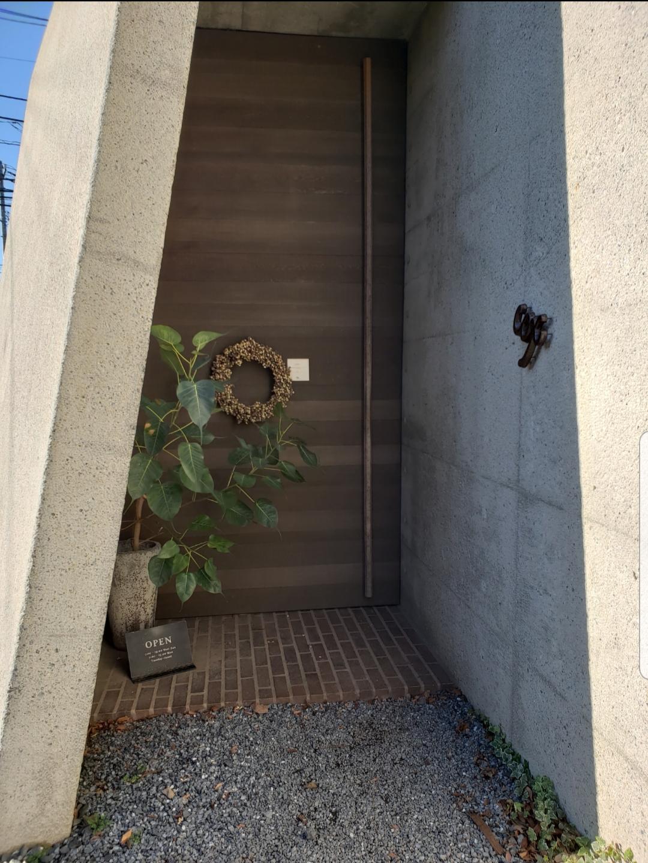 cox入口の、ドア